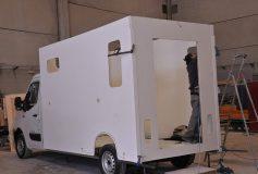 La solución para transportar sus caballos se encuentra en carrosserie-ameline.com/es.