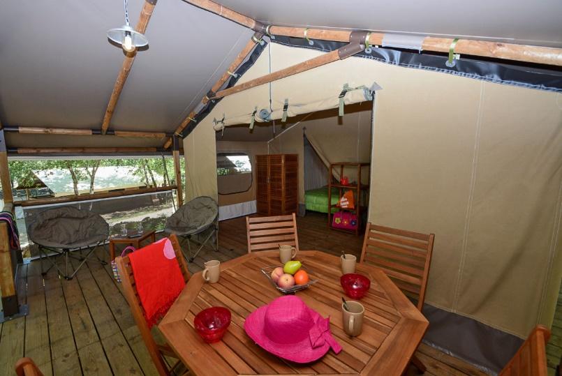 Le Parc : séjourner dans un camping du Var en tente Lodge